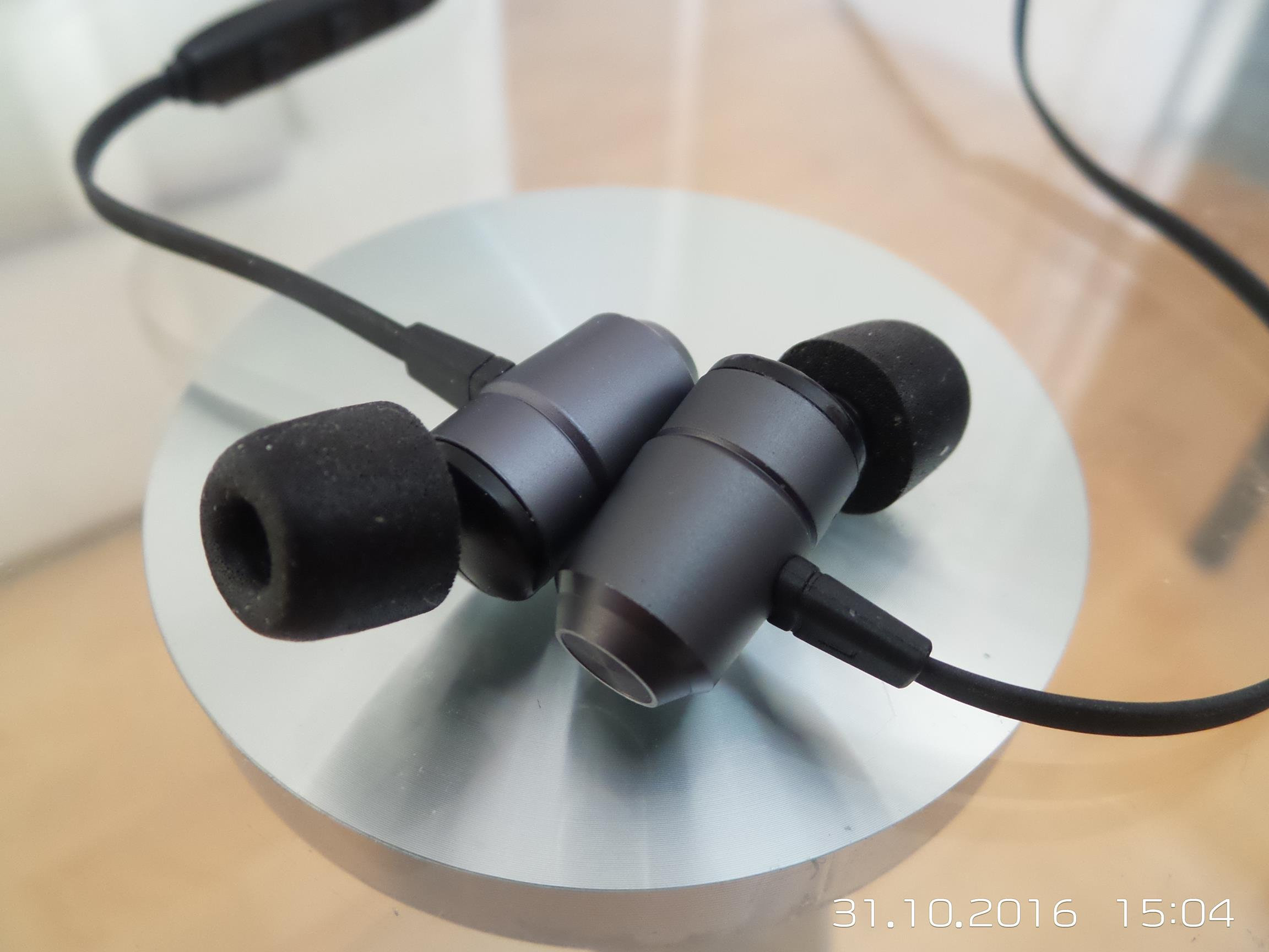 J&L Real J&L-103 Bluetooth Earphone Quick Review