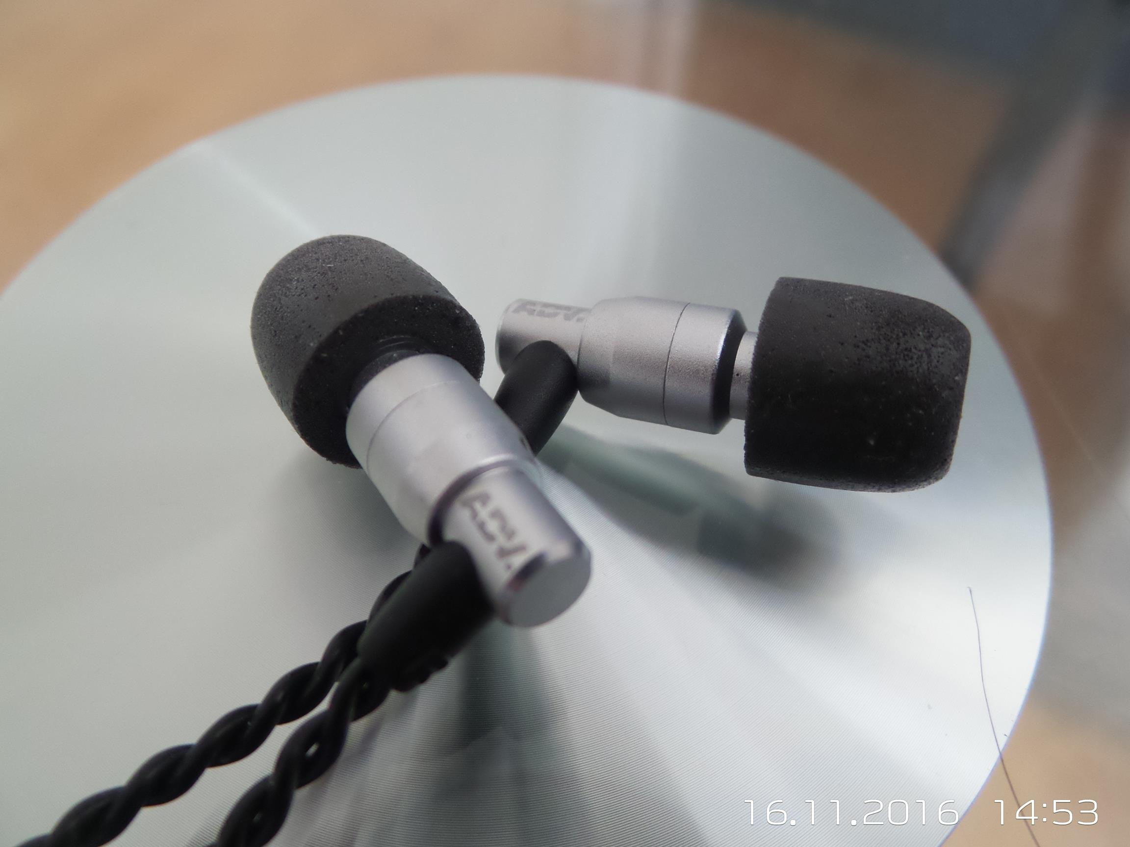 ADVANCED M4 Earphone Review