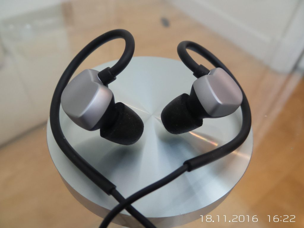 AudioMX EM-S4 Earphone Review